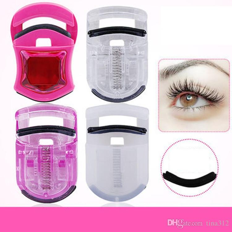 New Portable Eyelash Curler Convenient Safe Eyelash Assistant Tool