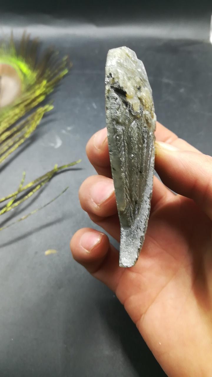 Natural quartz nice flash labradorite Crystal angel wing quartz stone healing stone crafts for birthday gift