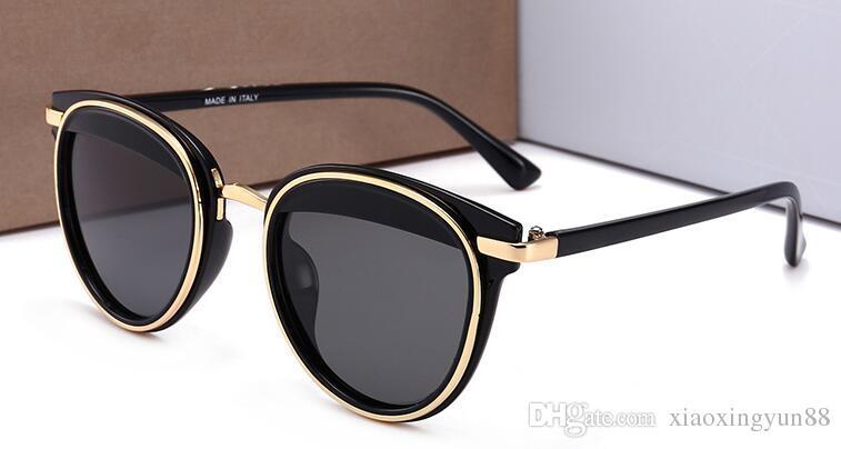 Compre 2018 New Hight Quality Marca Mulheres Óculos De Sol Das Senhoras  Óculos De Sol Moda Big Tendência Polarizador Anti Uv Óculos 55006 Sunwear  De ... 731521aa2c