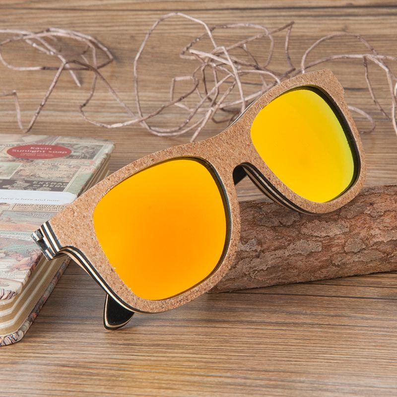 87a775a78ff36 Compre Óculos De Sol Retro BOBO BIRD 2017 Polarized Skate Óculos De Sol De  Madeira Retro Rodada Quadro Óculos Óculos Para Homens Um Mulheres G043 De  ...