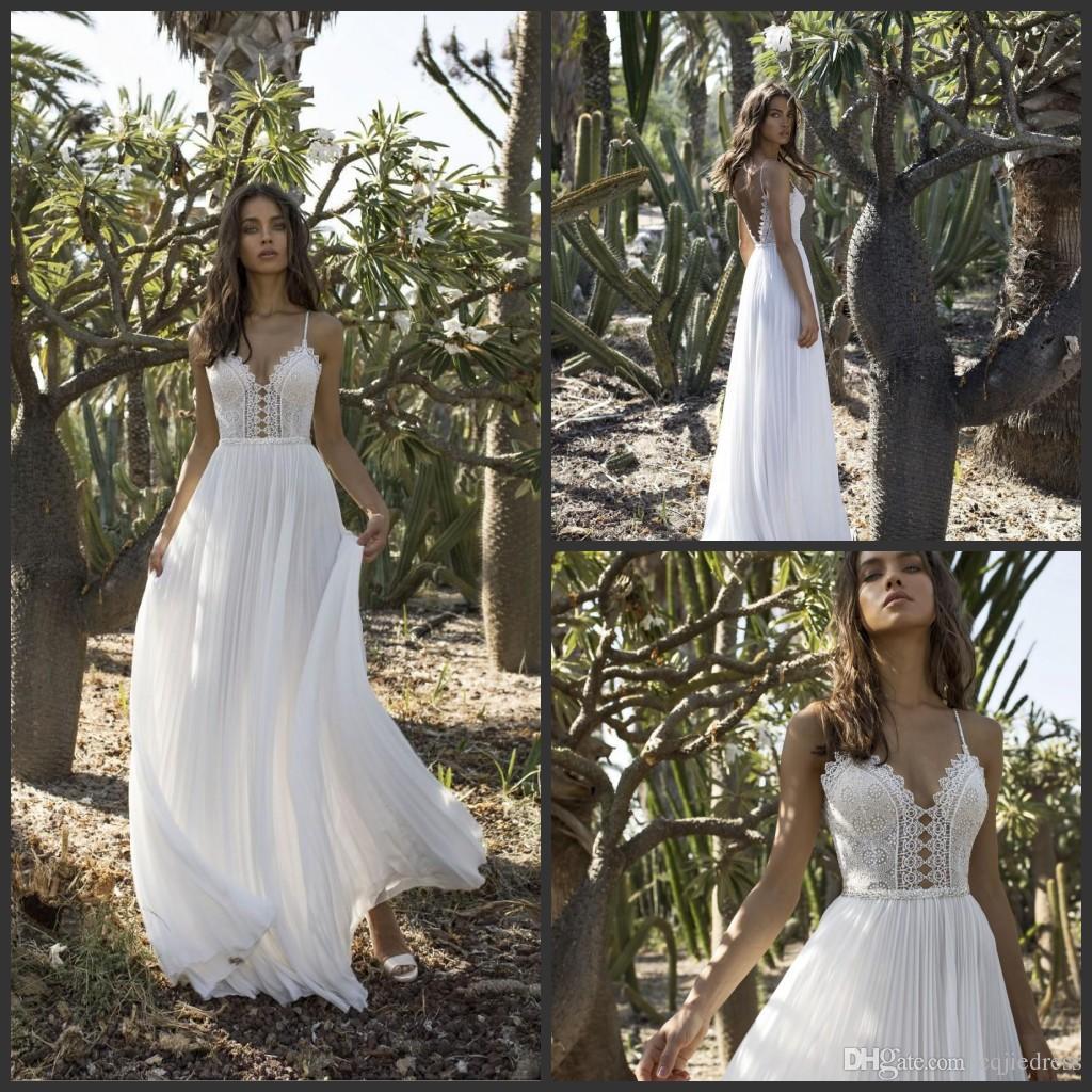 Vestidos de boda en la playa 2019