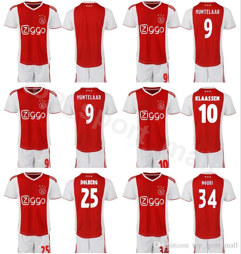 f37397c89 Acquista AFC Ajax 2018 2019 Uomo Calcio 7 Maglia David Neres Set Rosso Nero  10 Hakim Ziyech 25 Kasper Dolberg Maglia Calcio Kit Uniforme A  13.35 Dal  ...