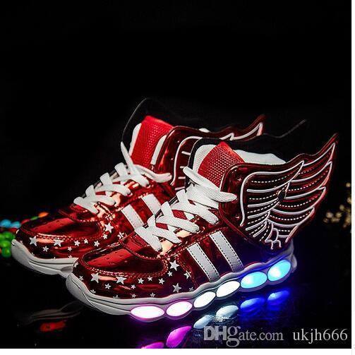 save off e6287 242bb 2018 neue süße Kinder Schuhe LED Licht Schuhe Licht Flügel USB bunte  leuchtende Schuhe