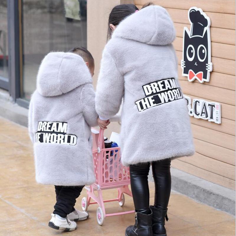 Faux Fur Hooded Lange Winter Jacken Für Mädchen 2017 Kinder Rosa Grau Warme Mäntel Mädchen Kinder Oberbekleidung Jacken Kleidung