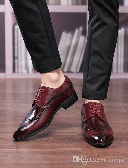 Scarpe da sposa Uomo Scarpe casual Designer di intaglio Oxford Scarpe zapatos hombre 343