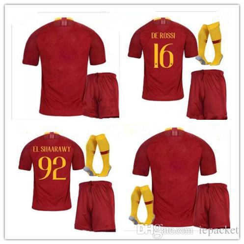 Compre NEW 18 19 ROME Home Uniformes De Futebol TOTTI ROMA DZEKO Sports DE  ROSSI Jersey 2018 2019 EL SHAARAWY NAINGGOLAN Camisa De Futebol Kit De  Iepacket baa7e1fd0a812