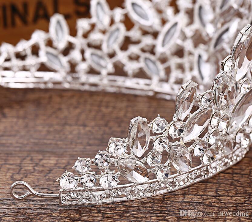 2018 Lüks Sparkle Pageant Taçlar Rhinestones Düğün Gelin Taçlar Gelin Takı Tiaras Saç Aksesuarları parlak hizmetçi Parti Törenlerinde C069