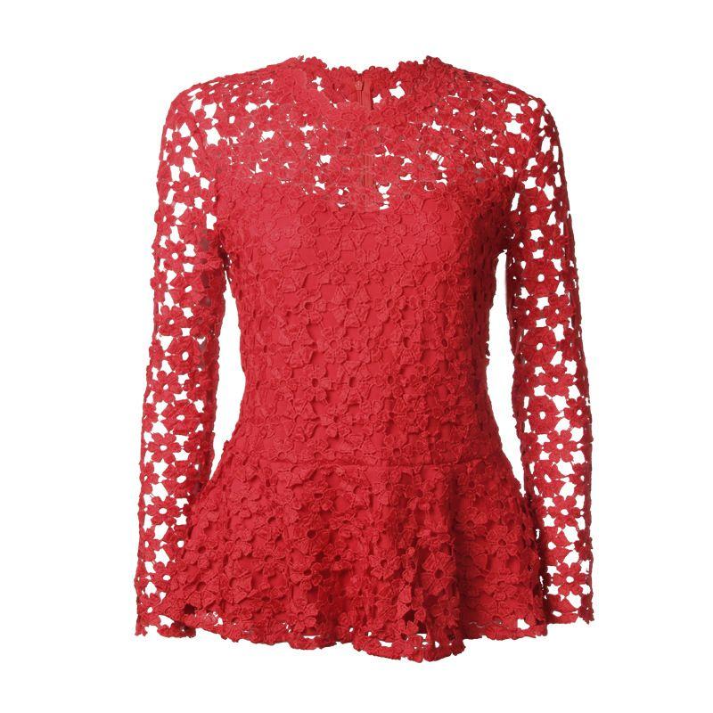 c46f9e29f Compre Oco Out Crochet Floral Rendas Blusa Vermelha Camiseta Para As  Mulheres De Manga Longa Em Torno Do Pescoço Ruffle Hem Femme Vintage 2018  Blusa WS5890U ...