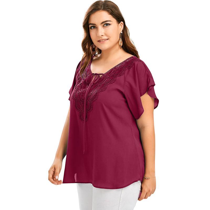 fb01f61a4 Sexy mujeres tallas grandes ropa elegante para mujer de gran tamaño sólido  gasa blusa con cuello en V de encaje de manga corta camisa asimétrica ...