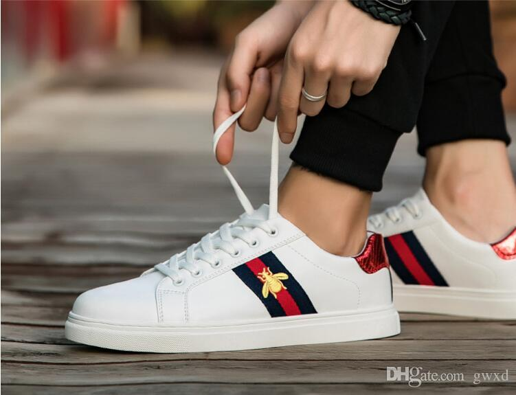 2018 New Style Men Low Top Casual Shoes Fashion Embroidery Flats