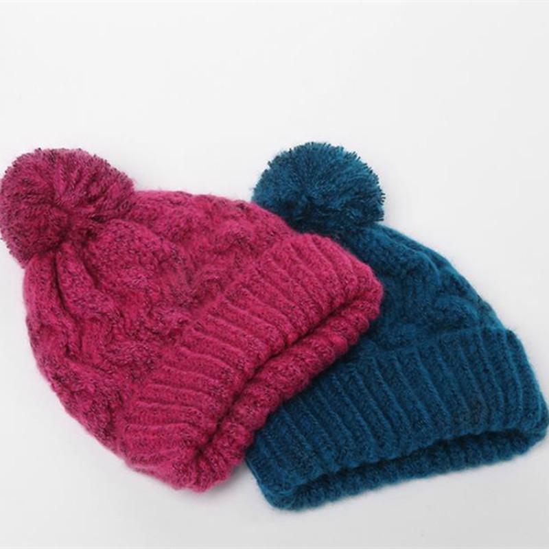 Großhandel Neue Ankunft Weibliche Pelz Ball Cap Pom Poms Winter Hut ...