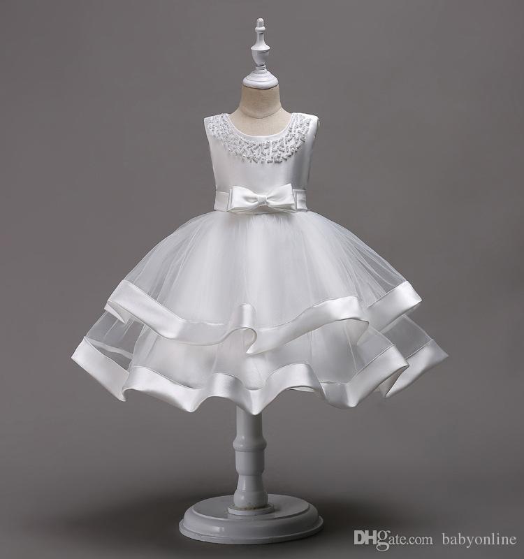 Schöne knielange Perlen Tiered Blumenmädchenkleider Tüll Kinder Festzug Kleider mit Schleife Knoten Erstkommunion Kleider MC1490