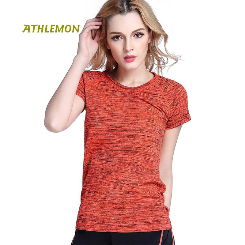 a84fc478d8ef5 2019 Summer Sport T Shirt For Women Yoga Top Short Sleeve Quick Dry Yoga  Tshirt Fitness Womens Athletic Clothing Gym Workout Shirts From Suipao
