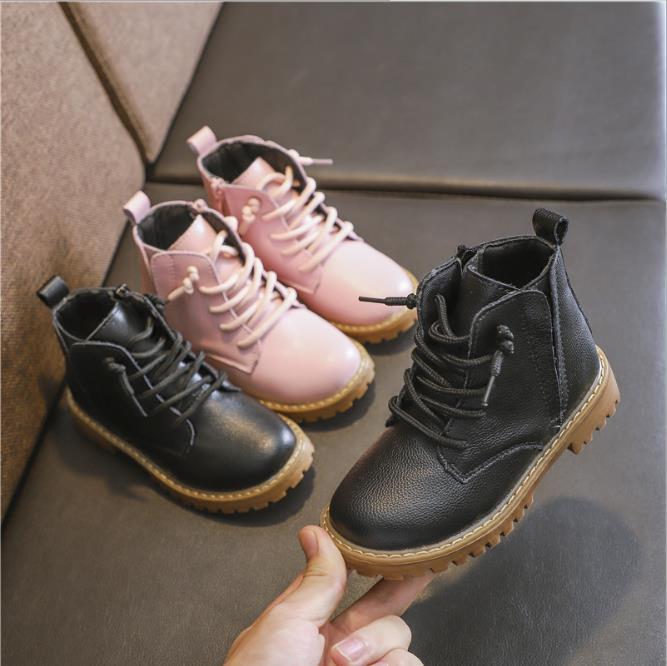 2d6ddb9f8 Compre Zapatos Para Niños Otoño E Invierno 2019 Botas De Nieve Para Niños  Nuevas Botas Martin Para Niñas Botas De Bebé Para Niño 26 37cm A  23.03 Del  ...