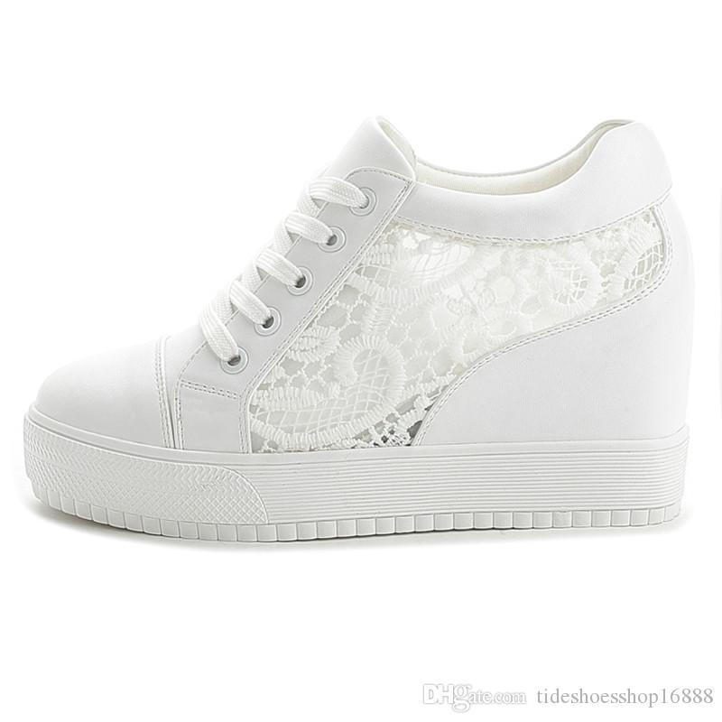 7b1d0cc9a4 Compre Preto Branco Cunha Oculta Tênis Saltos Das Senhoras Sapatos Casuais Mulher  Sapatos De Plataforma Alta Das Mulheres De Salto Alto Cunhas Sapatos Para  ...