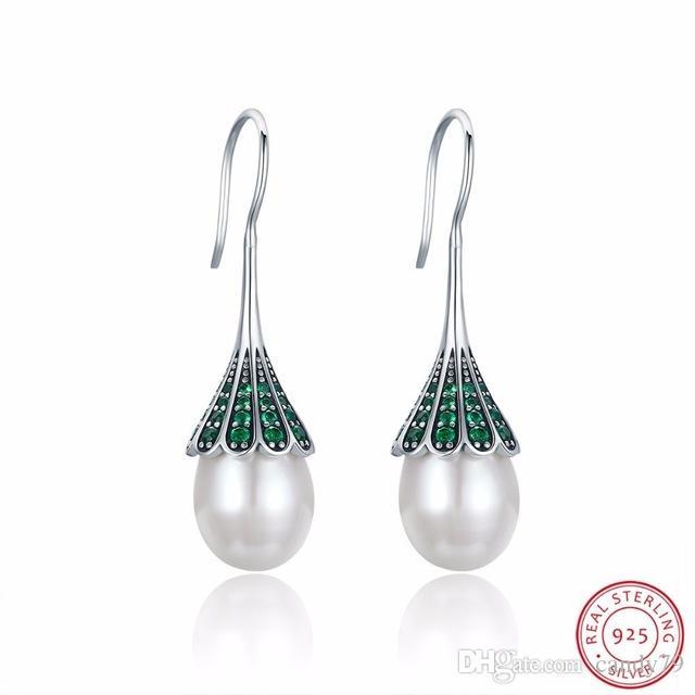 69cd17c88 Women's Pearl Earrings Green Zircon Inlaid Natural Freshwater Pearls ...