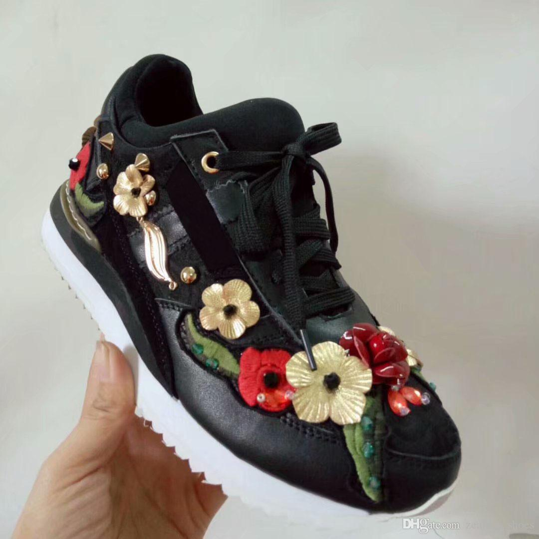 Beautiful Flower Crystal Women Luxury Shoes Lightweight Walking Casual Leather Sneaker For Woman Girls Party Birthday Gift Wholesale Cool