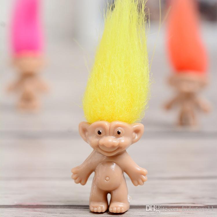 Küçük Boyutu 3 cm Trolls Aksiyon Figürleri 200 adet Renkli Trolls Aile Bebek Oyuncak Çocuklar Için En Iyi Oyuncaklar Hediyeler 2 Tarzı