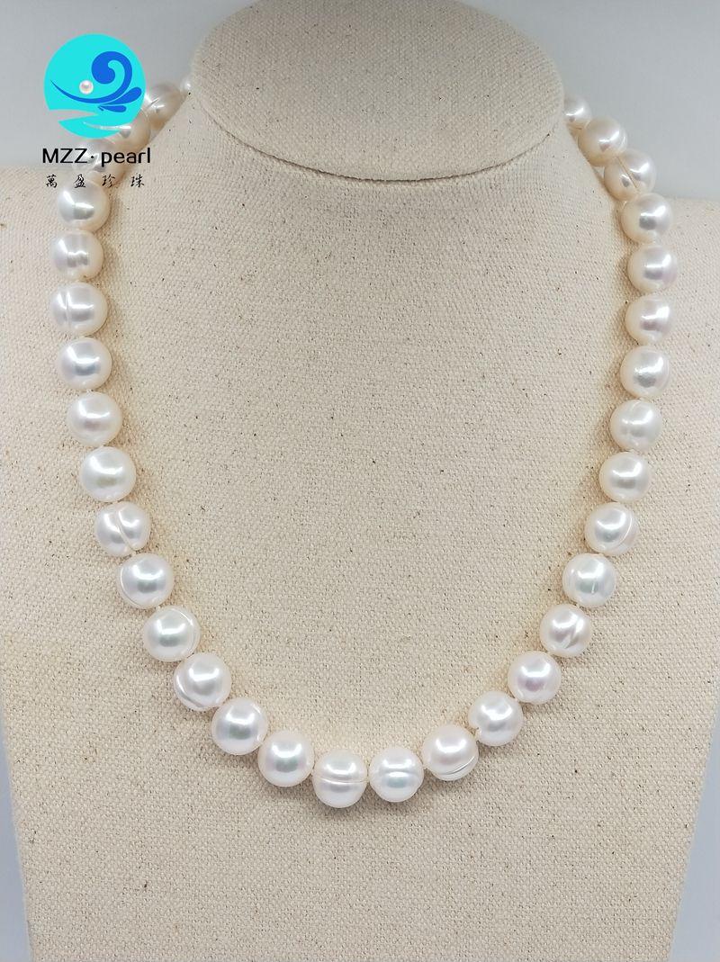 Crestas blancas naturales Collar de perlas redondas anudadas de agua dulce 10x11mm para mujeres Regalo de Navidad