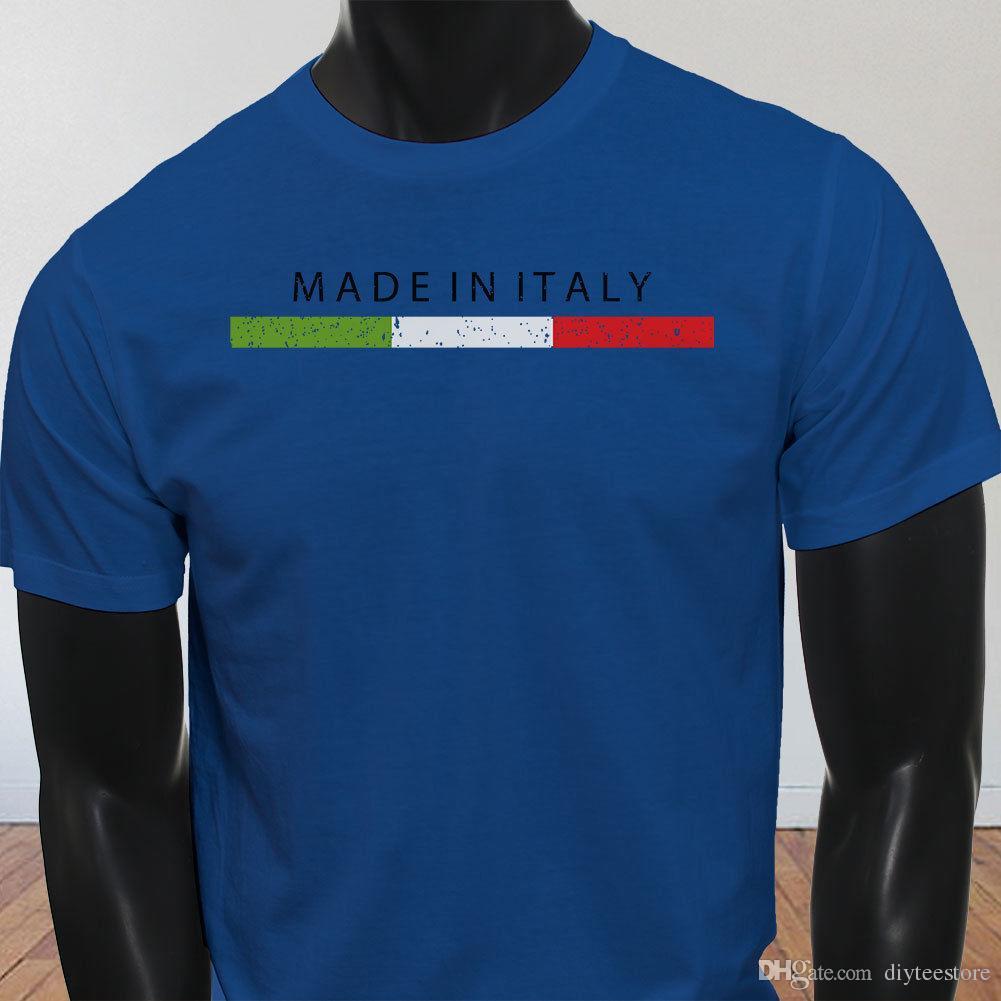 f34bbf16c1 Compre Made In Italy Italiana Pride Bandeira Engraçado Do Futebol Dos  Homens T Shirt Azul T Camisa Homens Camisa Masculina Masculina Branca De  Manga Curta ...