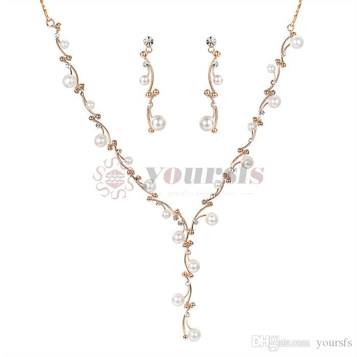 f56acbee9547 Compre Yoursfs Simulado Conjunto De Joyas De Perlas Para Las Mujeres  Chapado En Oro Elegante Pendientes De Novia Collar Colgante Conjunto Diseño  De La Vid ...