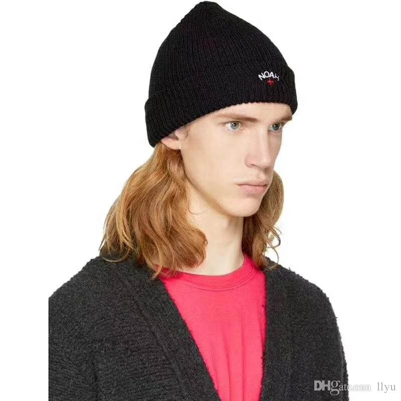 551cb295616 Winter Warm NWT Noah NY Men s Black Core Logo Embroidered Beanie Knit Hat  FW18 DS AUTHENTIC Hip Hop Gorros Online with  13.72 Piece on Llyu s Store  ...