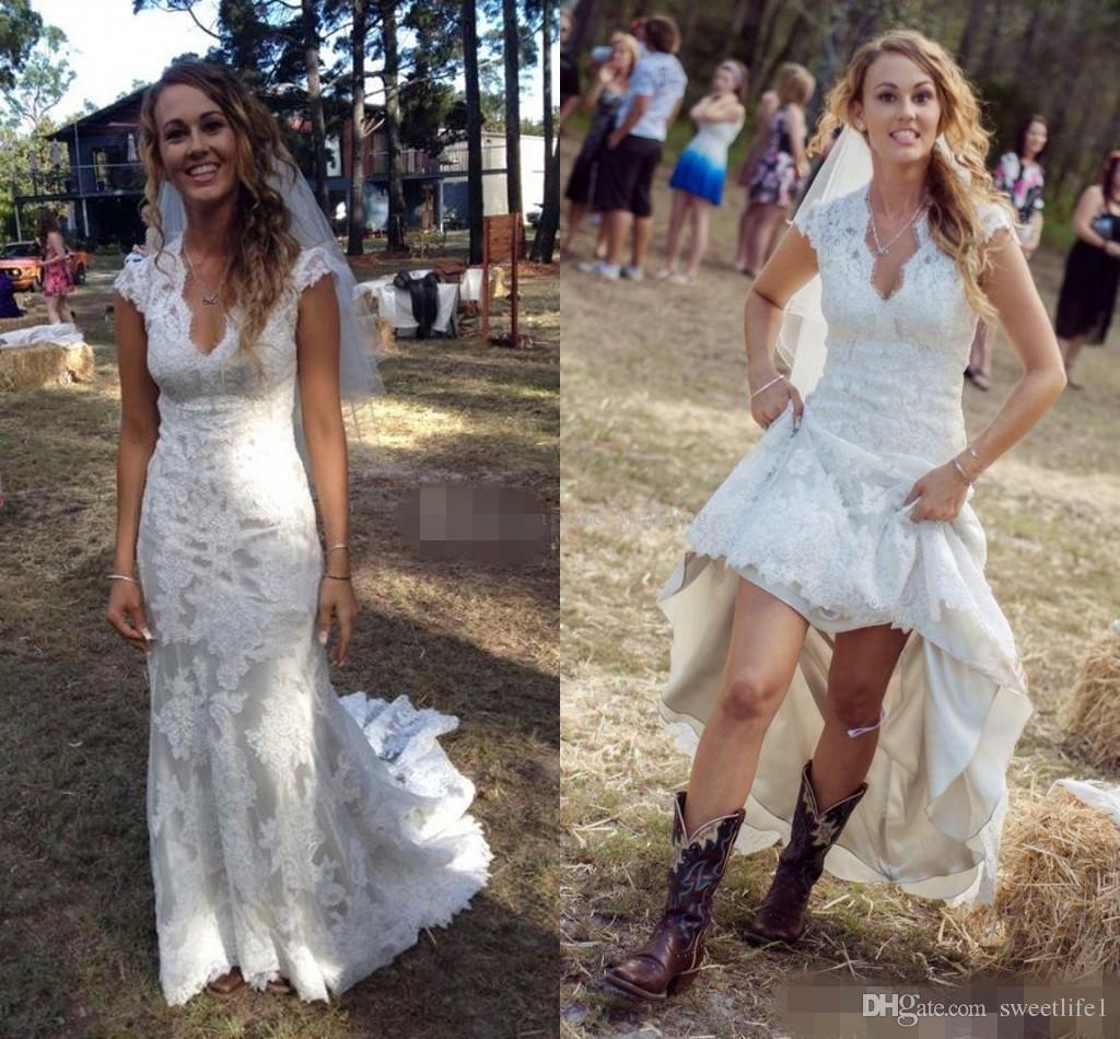 2019 Vintage Ülke Gelinlik V Boyun Cap Kollu Kat Uzunluk Dantel Gelinlik Cowgirls Yüksek Düşük Backless Gelin Gelinlikler