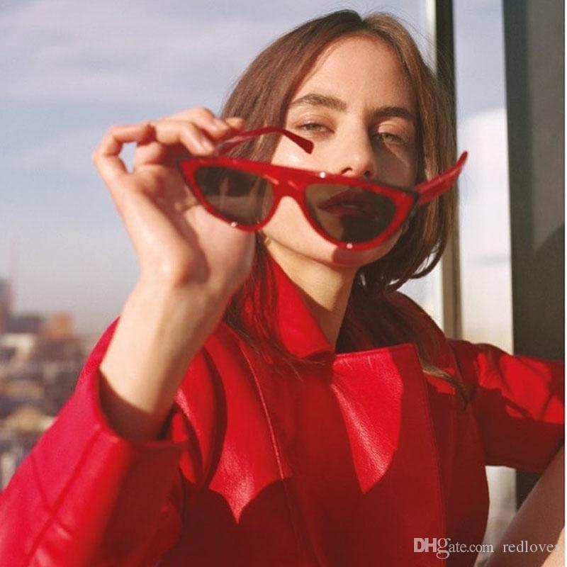 8287b03a78 Compre 2018 Mujeres Gafas De Sol De La Vendimia Mujeres Gato Ojo Diseñador  De La Marca De Lujo Gafas De Sol Retro Pequeñas Damas Rojas Sunglass  Hombres ...