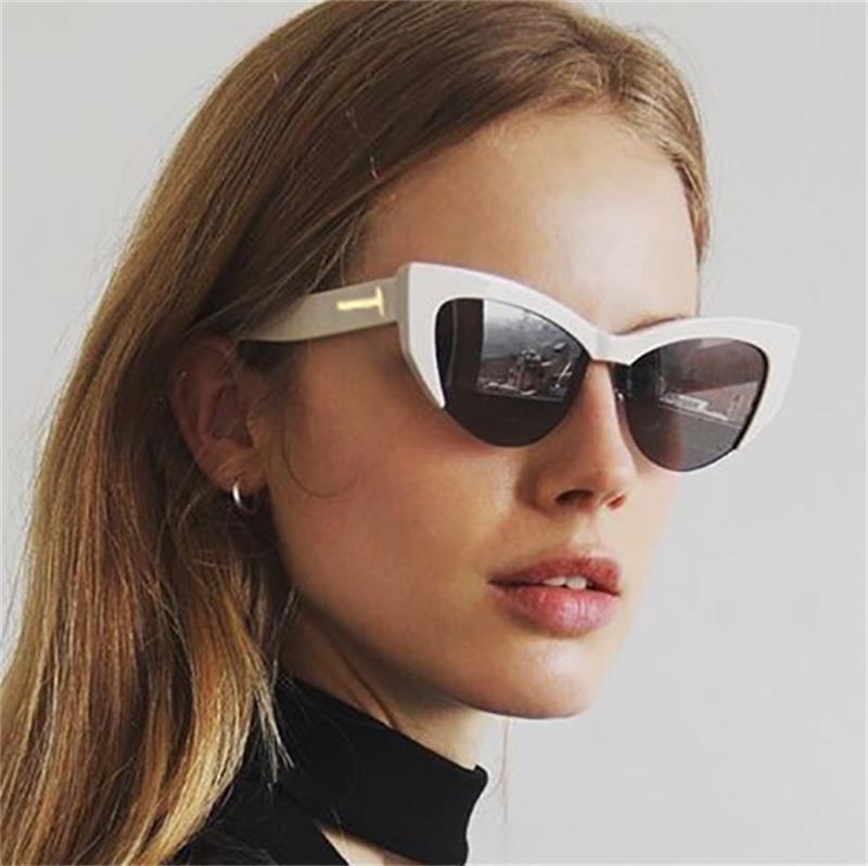 f8b5675185140 Luxury Vintage Sunglasses Woman T Brand Retro Shades Points Big Cat Eye Sun  Glasses For Men Ladies Female Sunglass Mirror 2017 Glasses Online Polarized  ...