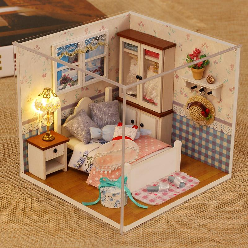 Kocozo Diy Doll House Wooden Doll Houses Miniature Dollhouse Furniture Kit Toys For Children Christmas Gift M002