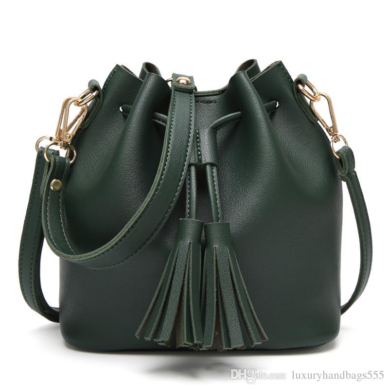 2018 Fringe Handbag High Quality Shoulder Bag Fashion Messenger Bag  Handbags Messenger Bag Fashion Bags Online with  32.94 Piece on  Luxuryhandbags555 s ... 8dda843b9967a