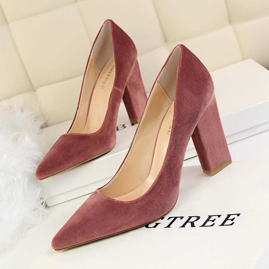 Großhandel Frauen Pumps Schuh Slip On Hochzeit Damen Schuhe High