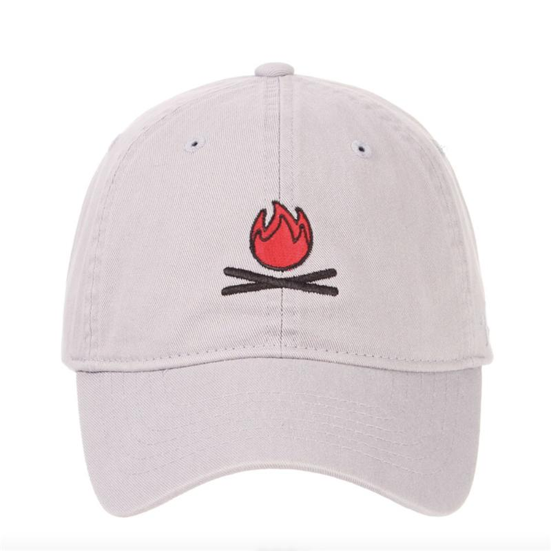 293fd9ff2e7a5 Compre 2018 Vendedor Caliente De La Llama Hombres Mujeres Dibujos Animados  Bordado Fuego Papá Sombrero Gorra De Béisbol Estilo De Moda Unisex Hip Hop  ...