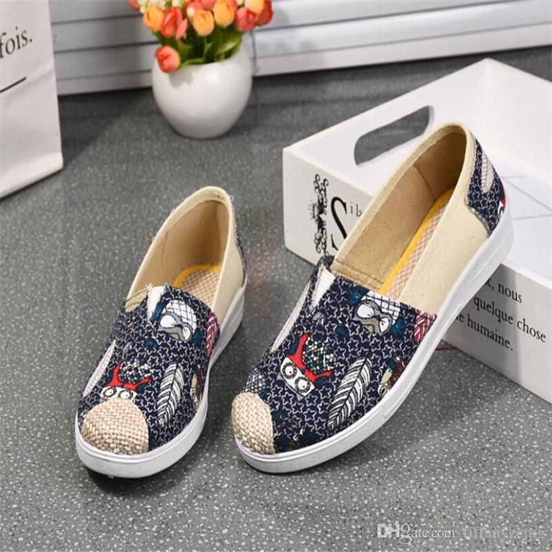 ¡Envío gratis! 2018 nuevo pasto ocio nacional totem viento moda paño zapatos zapatos de mujer versión coreana de un pedal cómodo