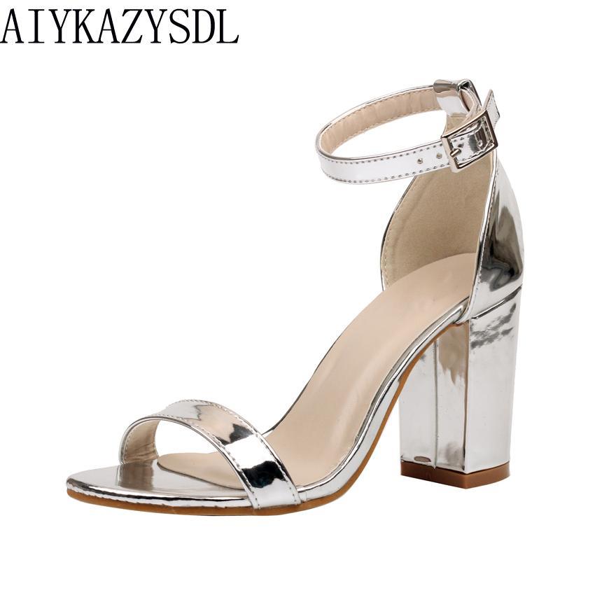sports shoes 27760 a6676 AIYKAZYSDL Sandali da donna estivi con tacco largo e tacco alto Scarpe con  tacco alto da donna in pelle verniciata