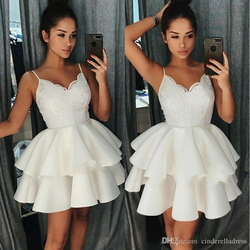 e899589b611 Short Little White Homecoming Dresses 2018 Spaghetti Straps Ball Gown  Layers Lace Cocktail Dress Mini Prom Gowns For Graduation Party Wear Sexy  Dresses For ...
