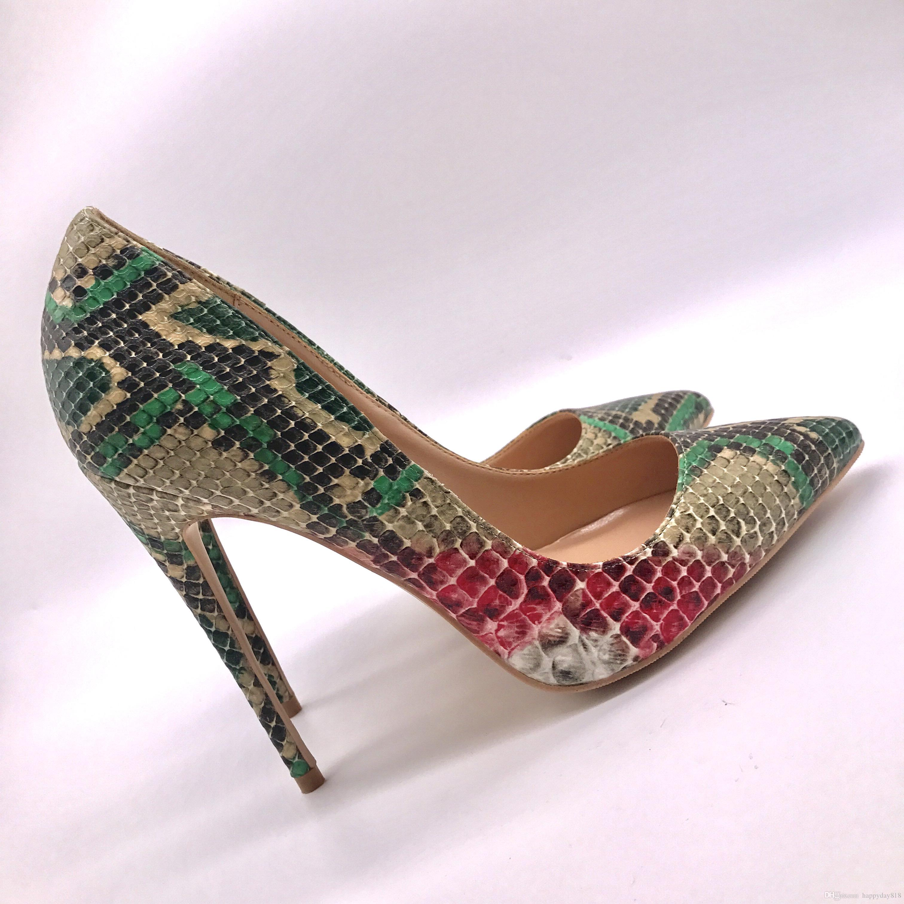 49693b5829c Compre Envío Gratis Mujeres De La Moda Bombas Serpiente Verde Python Prined  Charol Puntiagudo Tacones Altos Sandalias Zapatos Botas 120mm 100mm 80mm A  ...
