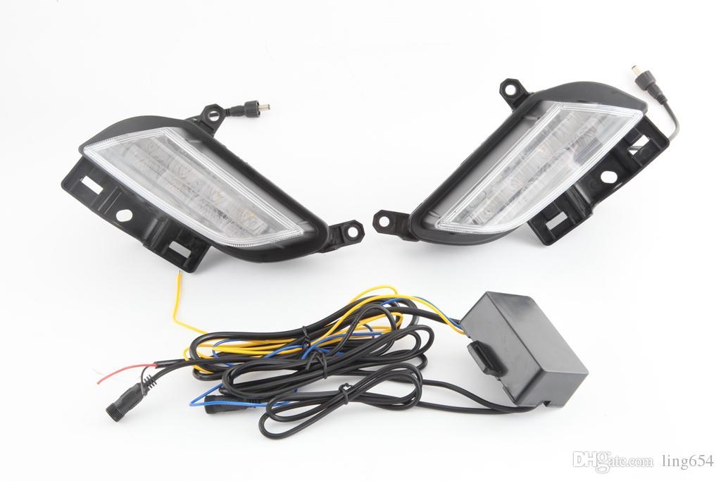 Kit DRL de voiture pour Toyota Yaris L 2017 LED Daytime Running Bar ampoule de lampe de brouillard Turn voiture de lumière du jour Signa led drl light