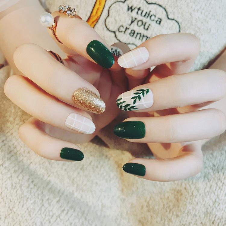 Satın Al 2018 Yeni 24 Adet Yeşil Yaprak Boyama Yanlış Nails Karışık