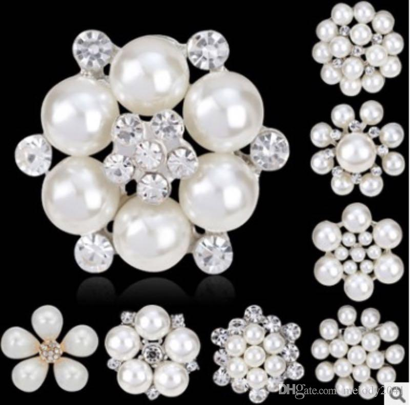 7f96bbcfc10 2019 Fashion Women Jewelry Imitation Pearl Brooches White Tactic Pearls  With Rhinestone Design For Ladies Dress Suit Brooch From Melody2041, $0.61  | DHgate.