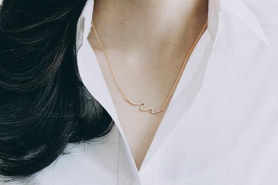 Moda Altın renk Kaplama kadınlar için güzel CZ kristal dalga Kolye Kolye Kolye hediye Ücretsiz Nakliye Toptan