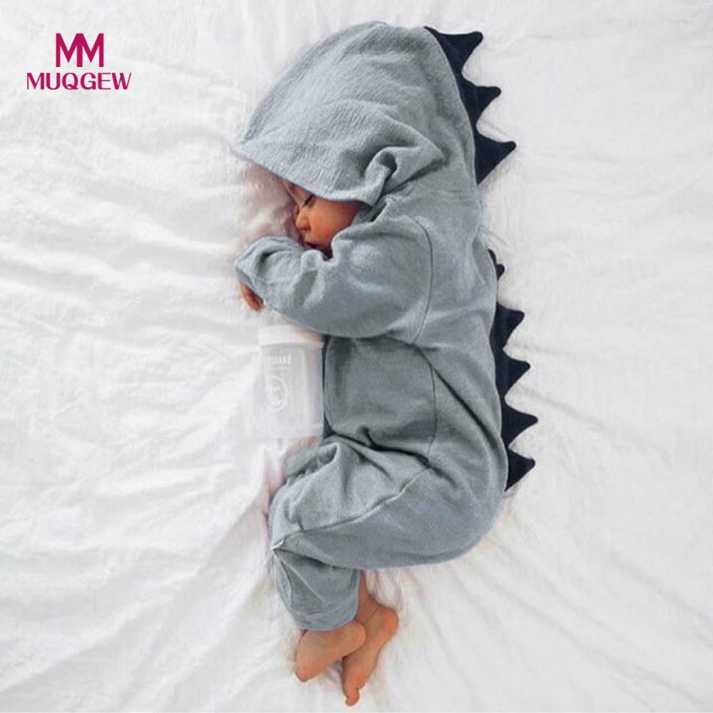 acbf7478f664 Compre MUQGEW Recién Nacido Bebé Niño Niña Dinosaurio Con Capucha Romper  Mono Trajes Ropa Kawaii Ropa Sólido Mono Para Unisex Y18100904 A  19.76 Del  ...