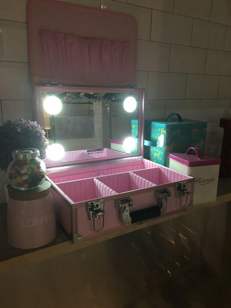 2018 Mini 4 Led Chargable Lighted Tilt Mirror Makeup Artist Case Cosmetic Storage Box Suitcase From Murie 269 13 Dhgate Com