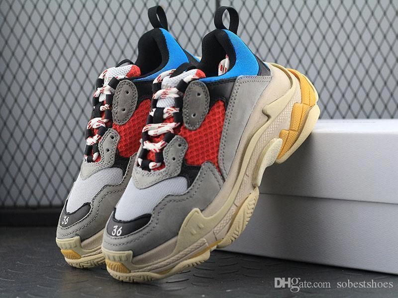 Balenciaga Boots Supreme Off White Adidas YeezPai Velho Sapatos Paris 17FW  Triplo S Sapatilha Triplo S Casuais Luxo Pai Sapatos Para Mulheres Dos  Homens ... 00cbbba1916c8