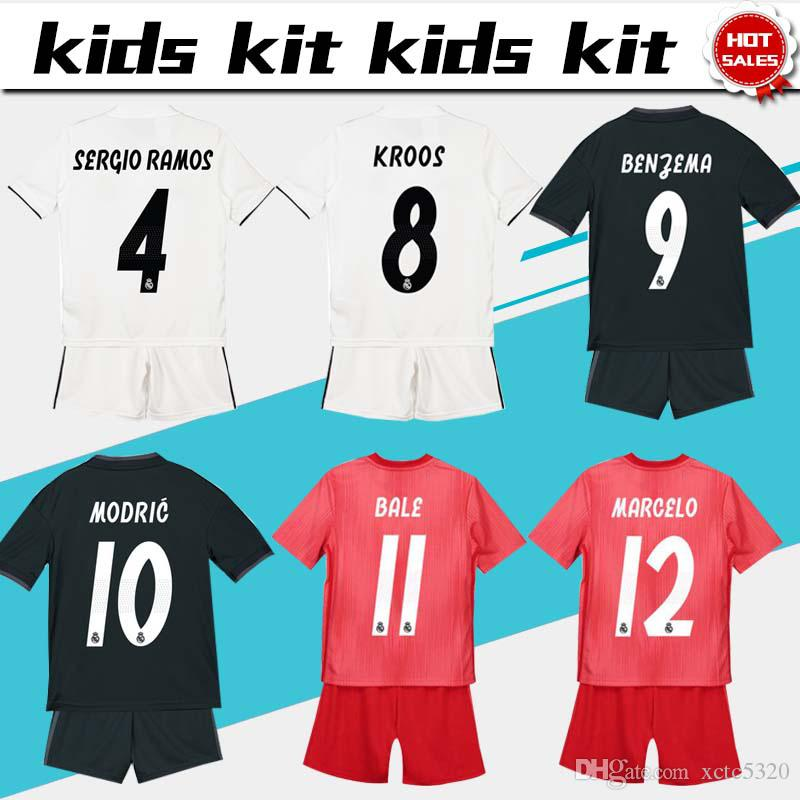 cheap for discount cc7b8 9a2be 2019 Kids Kit Real Madrid Football Jersey 2018/19 Home White Away Boy  Soccer Jerseys ISCO ASENSIO BALE KROOS Child 3rd red Soccer Shirts