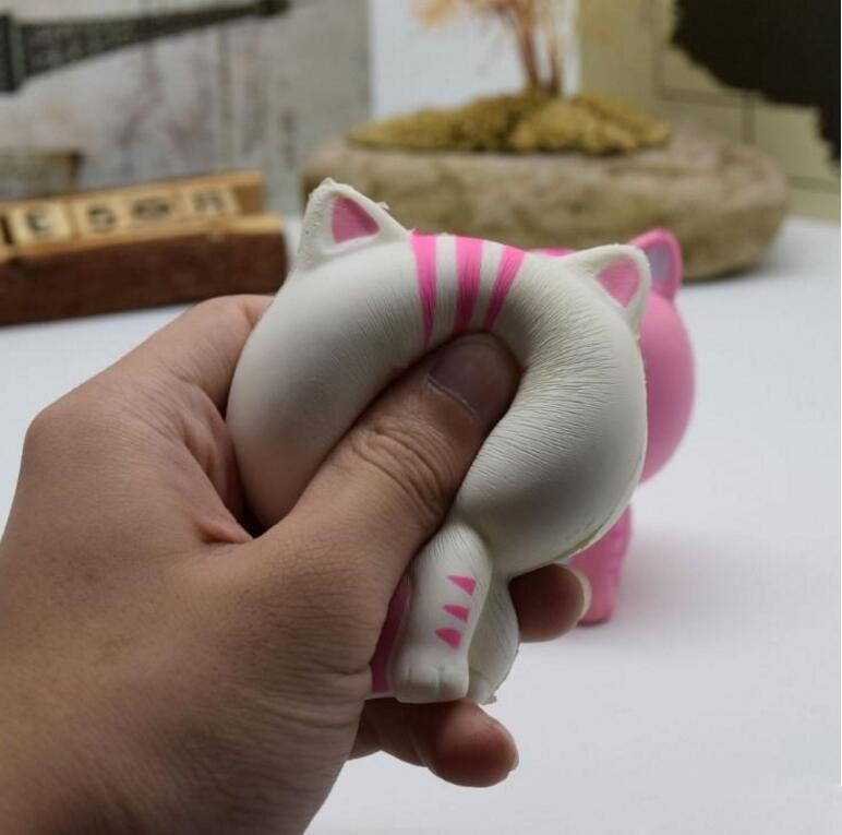 Hot Sale Jumbo Squishy Pink White Cat Kawaii Cute Animal Slow Rising Sweet Scented Vent Charms Bread Cake Kid Toy Doll Gift