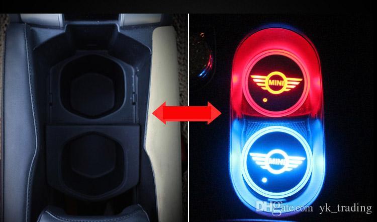 / set MINI Cooper Countryman Cooper logo distintivo dell'automobile ha condotto la lucida tazza dell'acqua Mat luminoso Coaster Atmosfera Luce