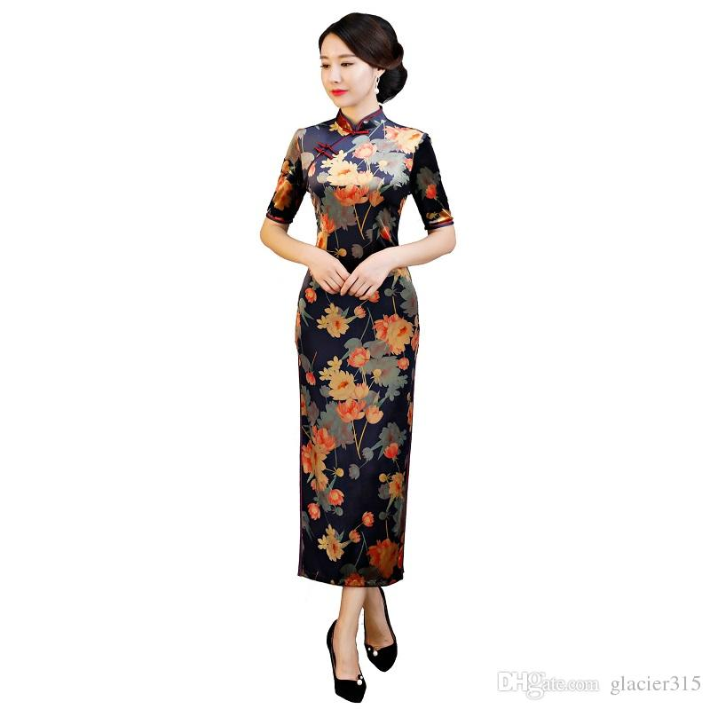 0000fc9835de6 Shanghai Story 2018 Autumn Women's Vintage Floral Qipao Velvet Cheongsam  Dress Long Chinese Dress For Woman