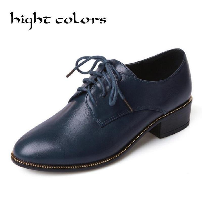 c5e90be97a Compre 2017 Azul Negro Cordones Punta Redonda De Cuero Grueso Talón Zapatos  De Mujer Brogue Mujeres Punta Ala Oxford Estilo Universitario Zapatos Planos  US4 ...