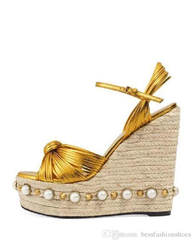 Goldblaue weibliche Sommerschuhe bördelt starke Sandaletten der hohen Absätze Strandschuhe chaussure femme rivtes zapatos mujer platforma beschriftet Keilsandelholze